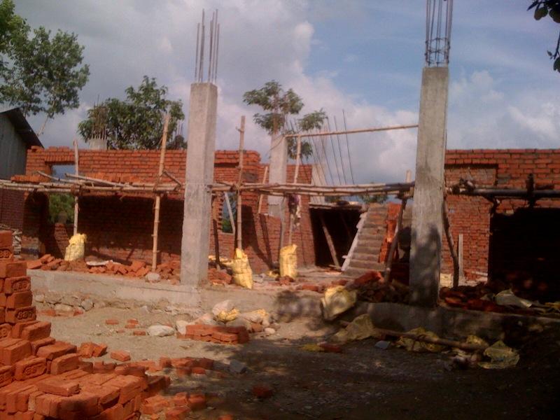 ny skolebygning til Shanti Priya
