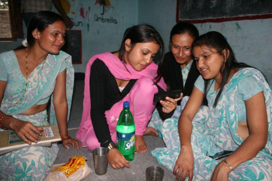 møde på Shree Shanti Priya school