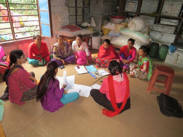 Første møde med ny bestyrelse, hvor alle grupper er repræsenteret