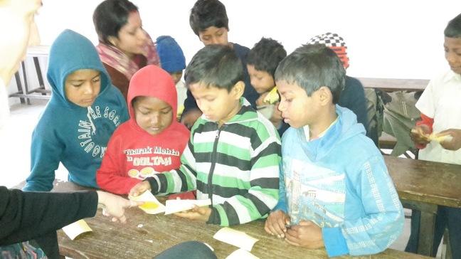 piger undervisning drengegruppe