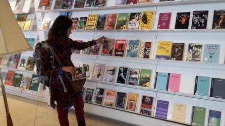 På biblioteket i Valby